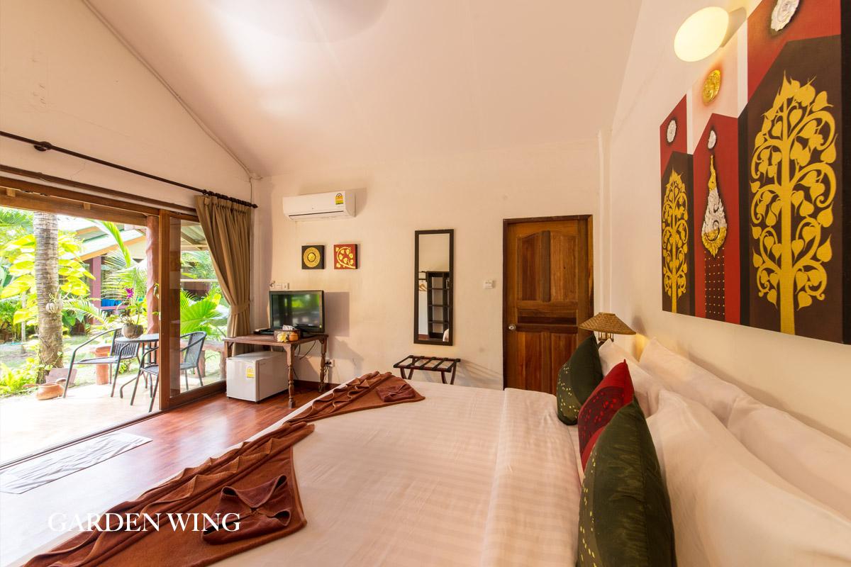 interior d_cor of bali villa