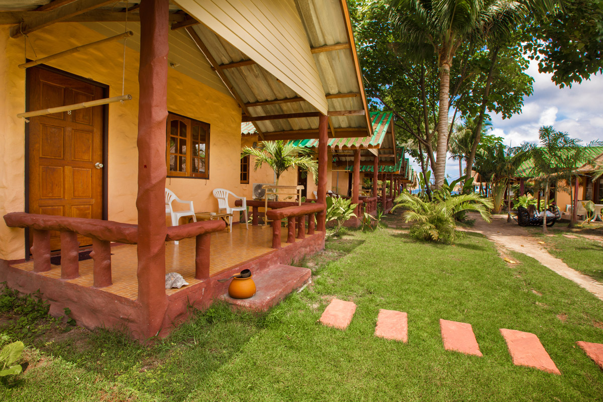 garden bungalow on koh lipe