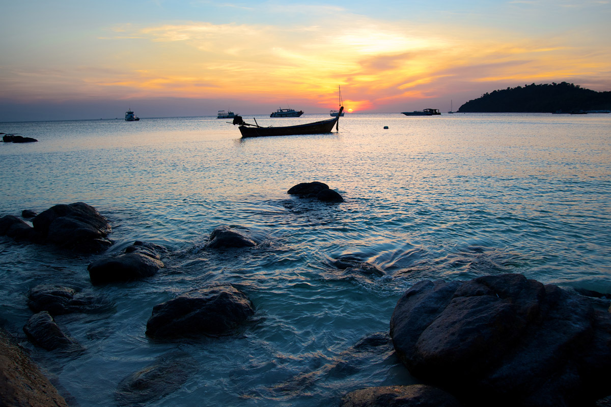 how to get to koh lipe from singapore